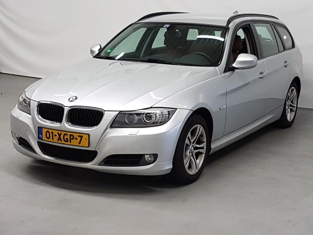 BMW 3-SERIE TOURING 318i Luxury Line