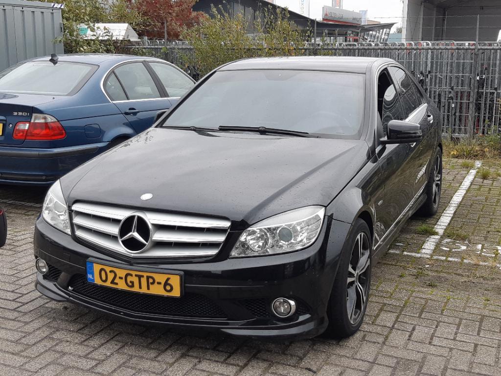 Mercedes-Benz C-KLASSE  180 K Bns Cl. Avan.