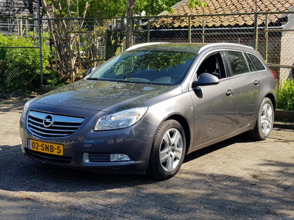 Opel INSIGNIA SPORTS TOURER 1.4 T EcoF. Bns Ed