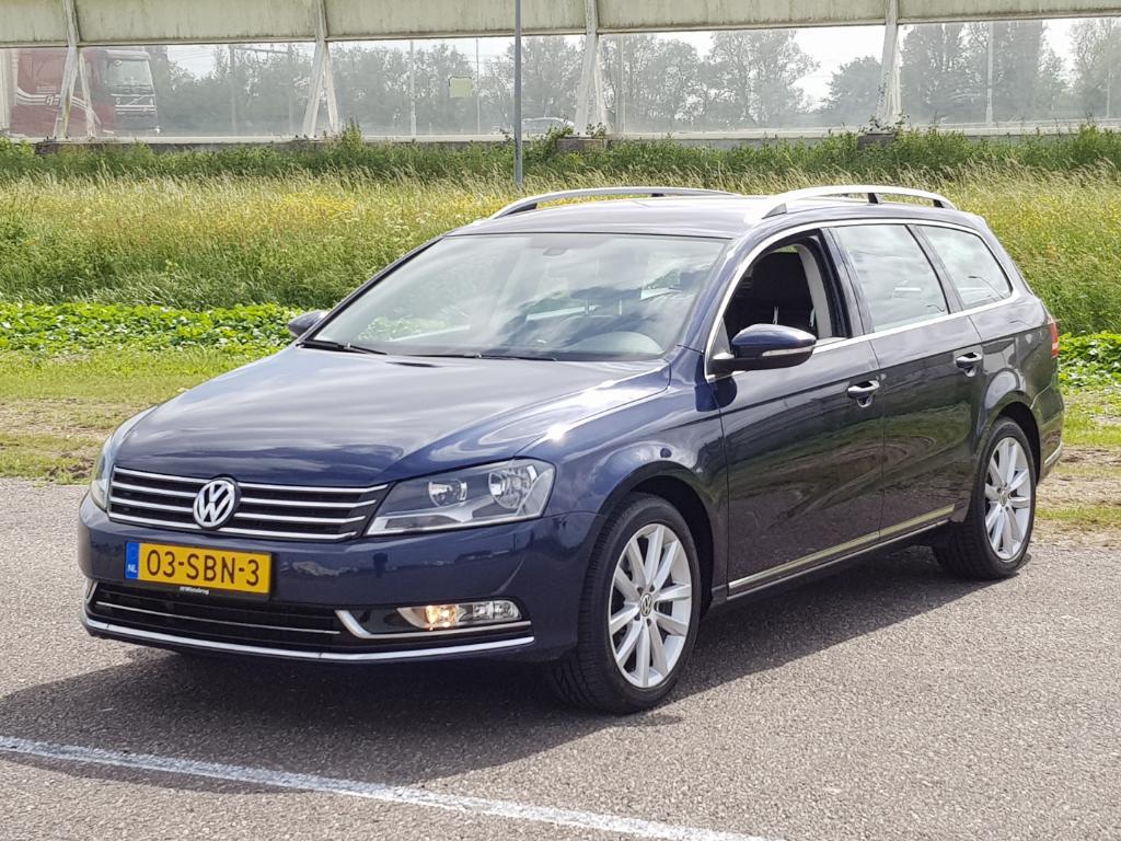 Volkswagen PASSAT VARIANT 1.6 TDI Highl. BlM