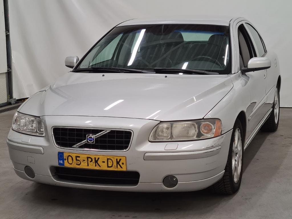 Volvo S60  2.5T Momentum