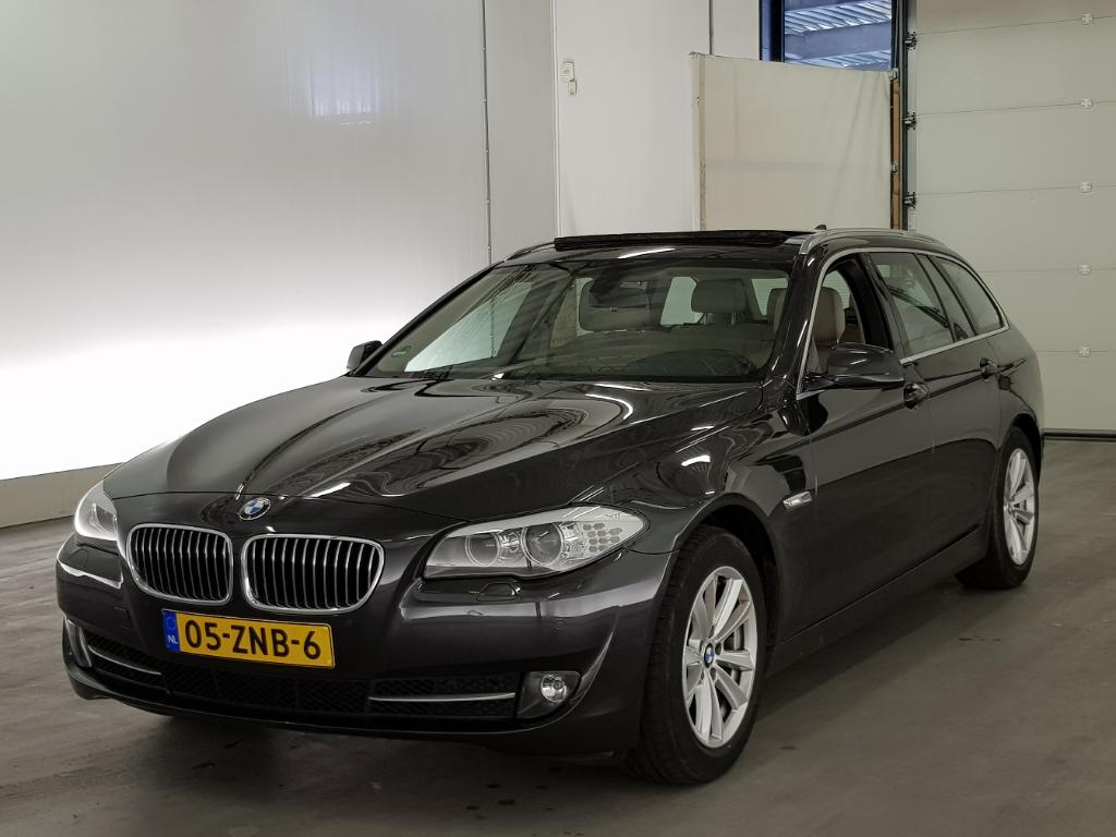 BMW 5-SERIE TOURING 520i High Executive