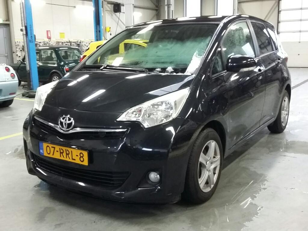 Toyota Verso-S 1.3 VVT-i Aspiration
