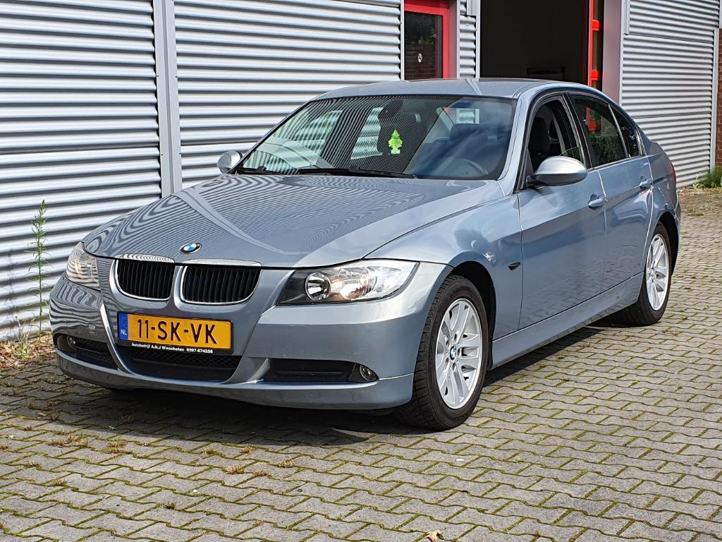 BMW 3-SERIE  318i High Executive