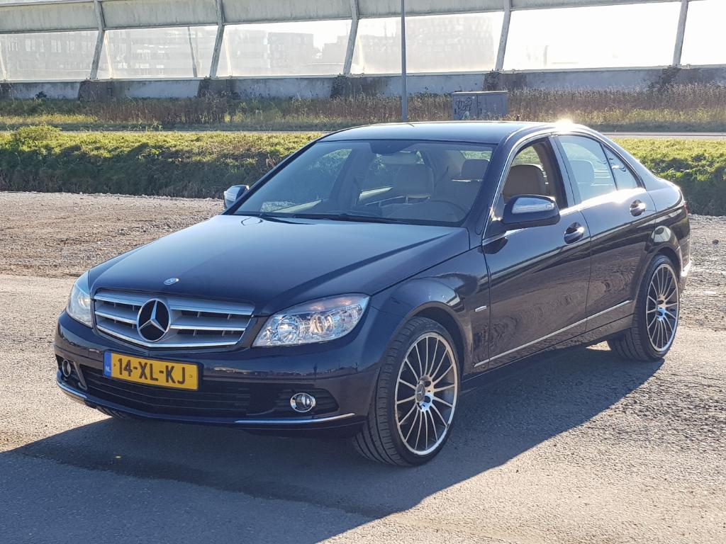Mercedes-Benz C-KLASSE  200 K Elegance