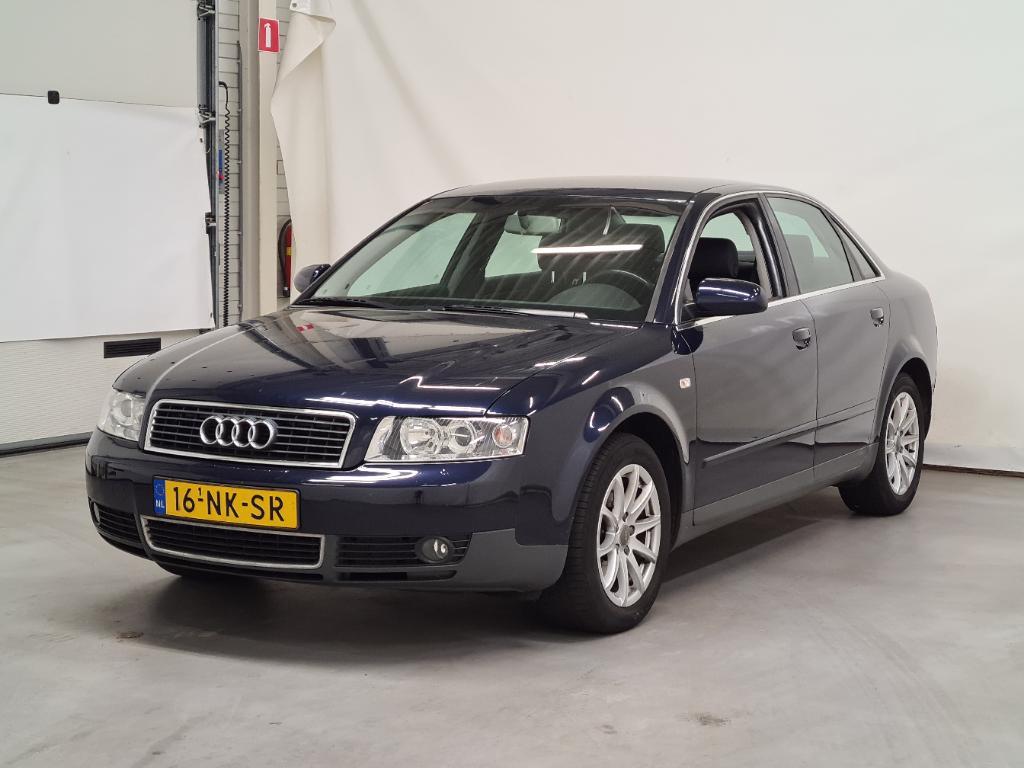 Audi A4  2.0 FSI Pro Line