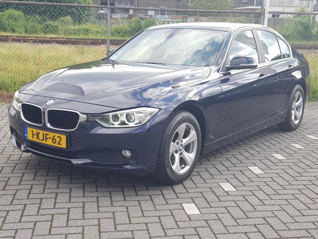 BMW 3-SERIE  320i EDE Executive