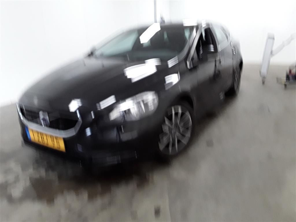 Volvo V40  2.0 D4 Momentum Bns