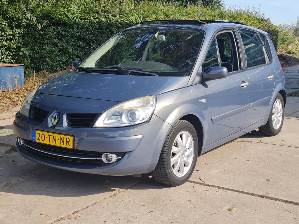 Renault SCENIC  1.6-16V Tech Line