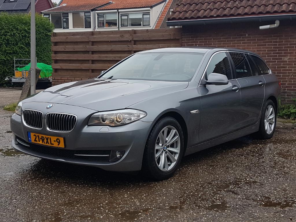 BMW 5-SERIE TOURING 520d Executive