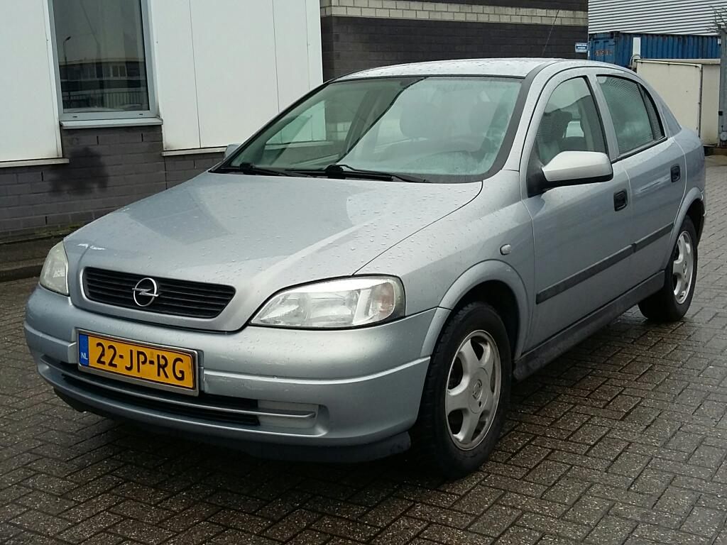 Opel ASTRA  1.6 Edition