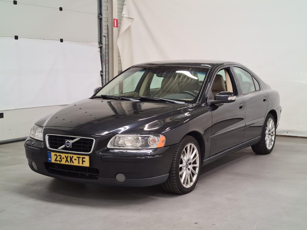 Volvo S60  2.4D Drivers Edition