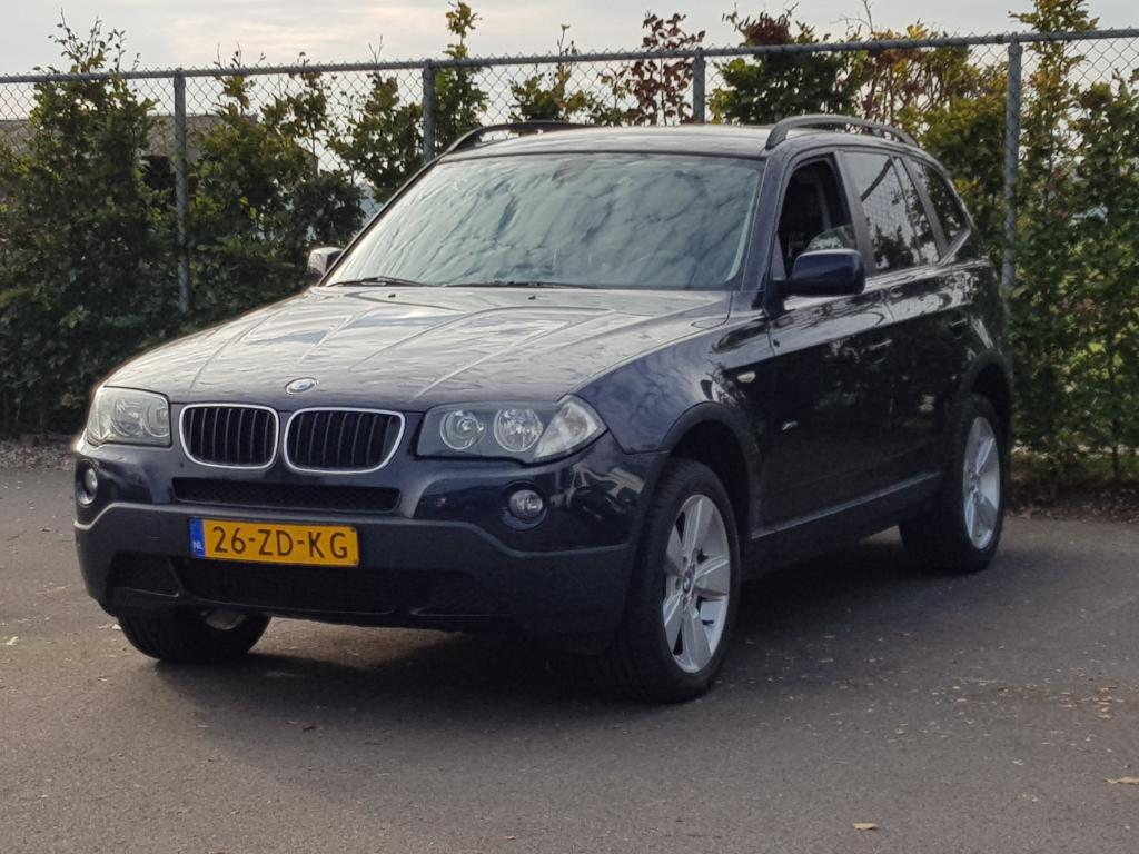 BMW X3  2.0d Introduction