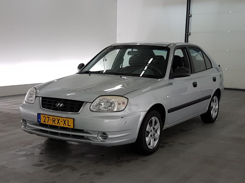 Hyundai ACCENT  1.3i Active Young