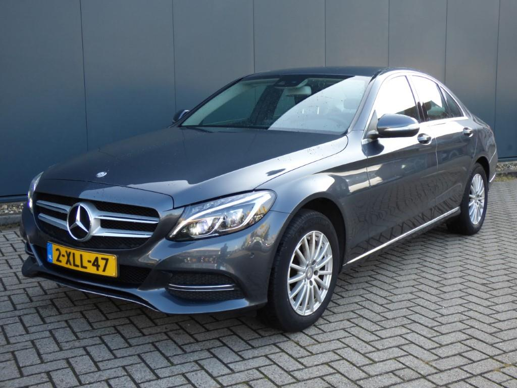 Mercedes-Benz C-KLASSE  180 Ambition