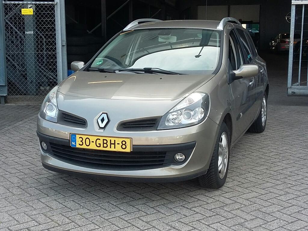 Renault CLIO ESTATE 1.2 TCE Dynamique