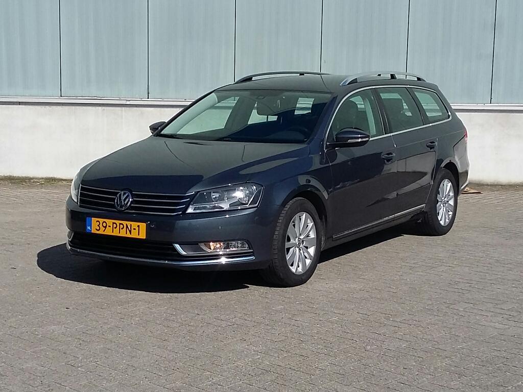 Volkswagen PASSAT VARIANT 1.6 TDI Comfl. BlM