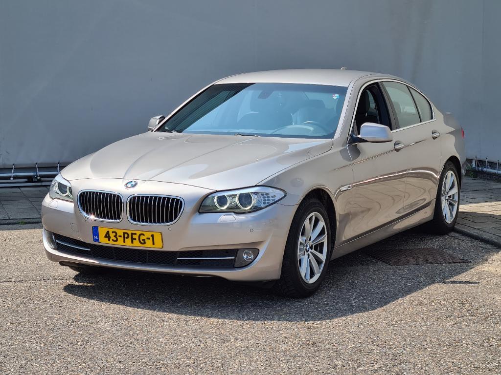 BMW 5-SERIE  523i High Executive