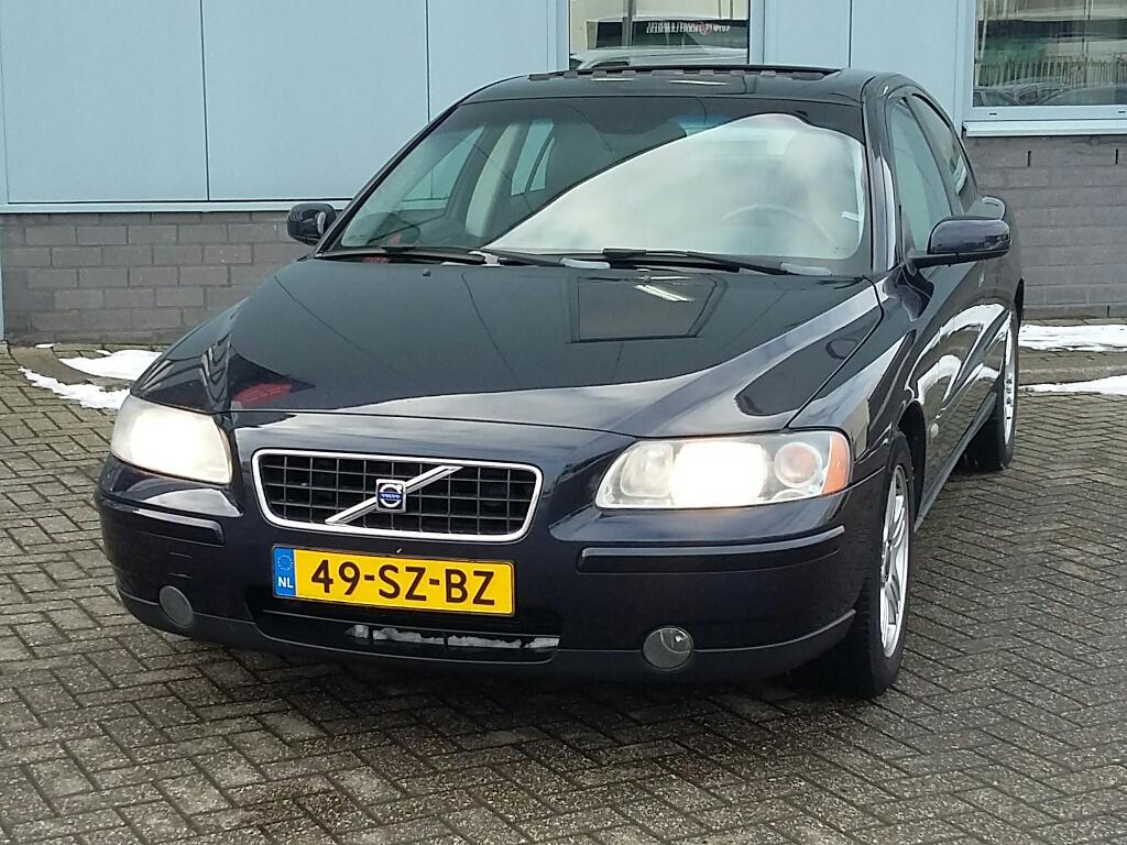 Volvo S60  2.4 Edition II