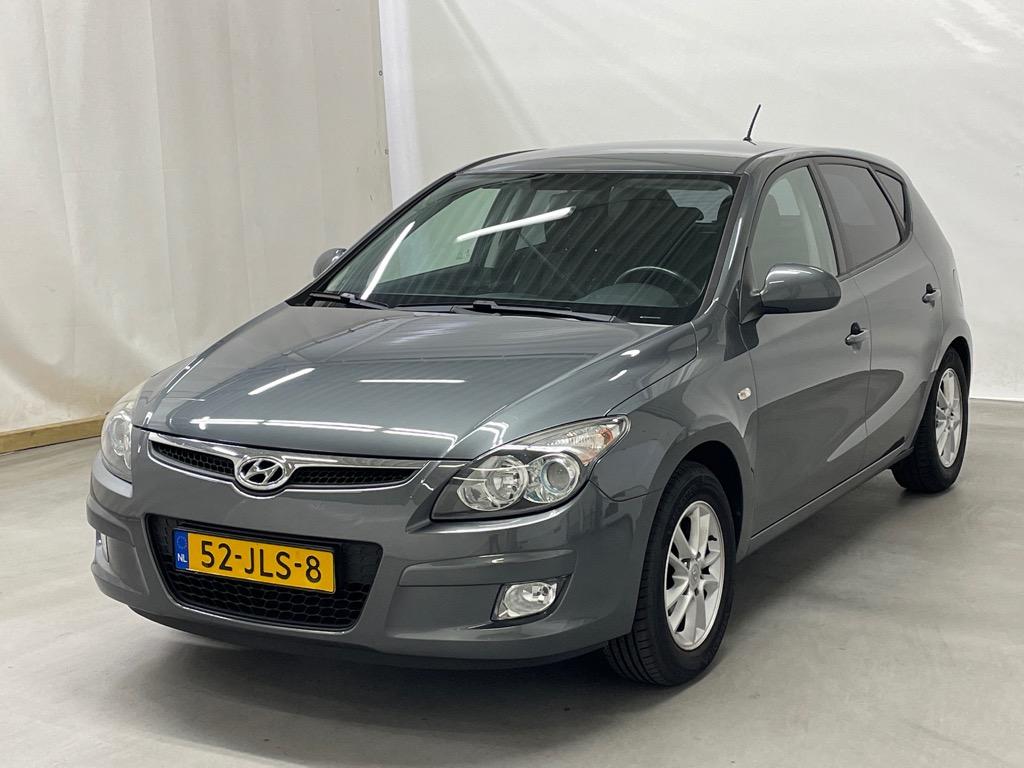 Hyundai i30 1.6i Dynamic