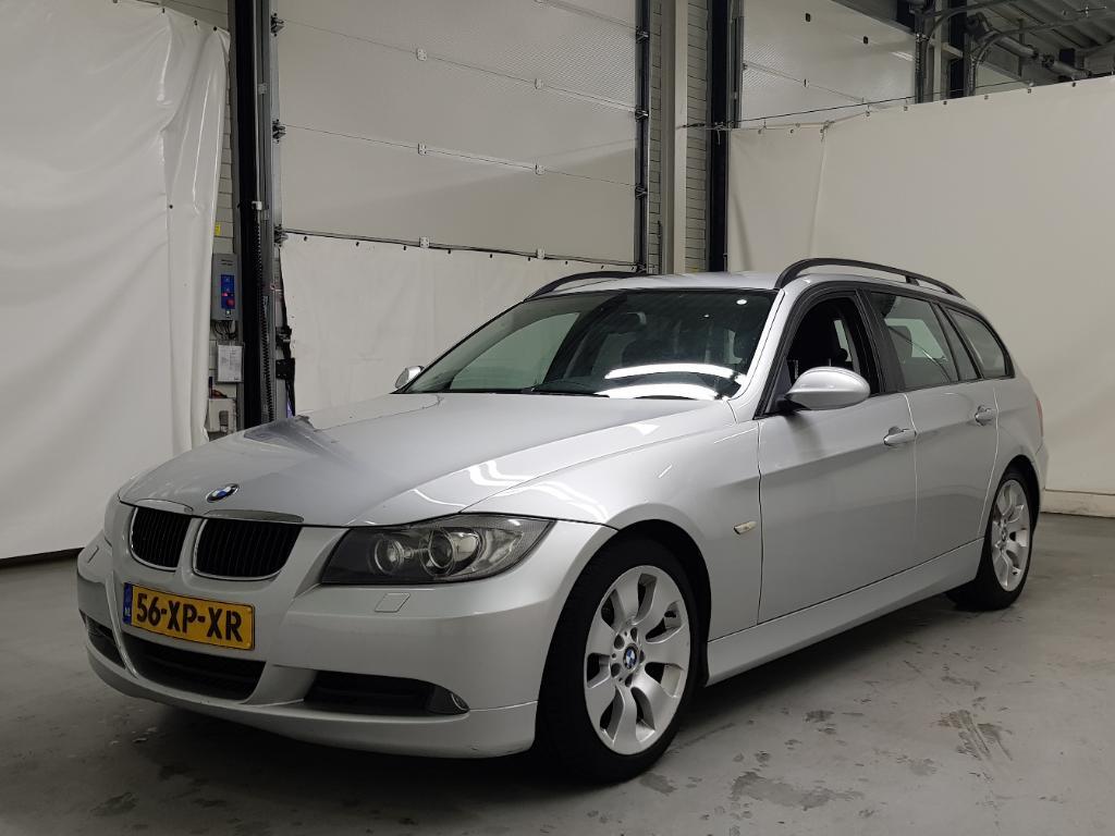 BMW 3-SERIE TOURING 320i High Executive