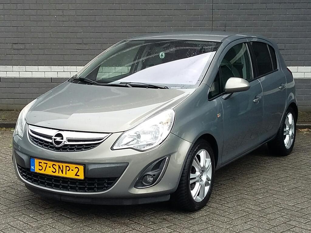 Opel CORSA  1.4-16V Cosmo