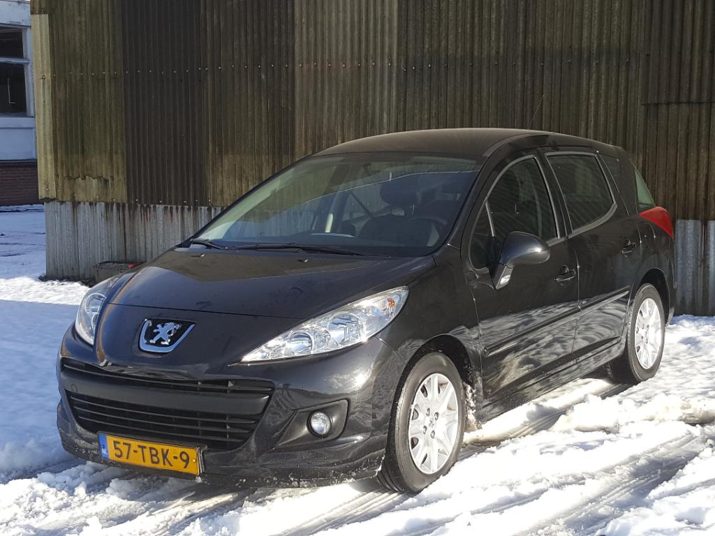 Peugeot 207 SW 1.6 HDI Blue Lease