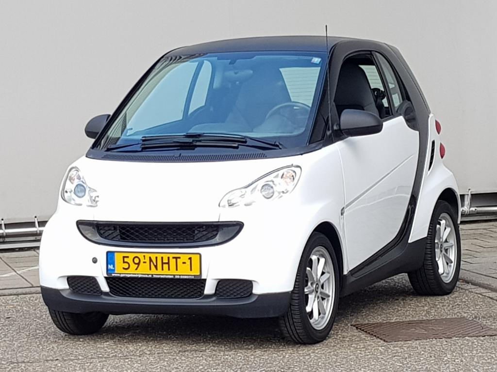 Smart FORTWO COUPE 1.0 mhd Pure Semi-Automaat