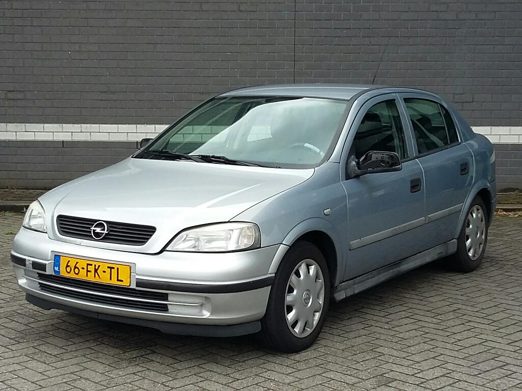Opel ASTRA  1.6 Pearl