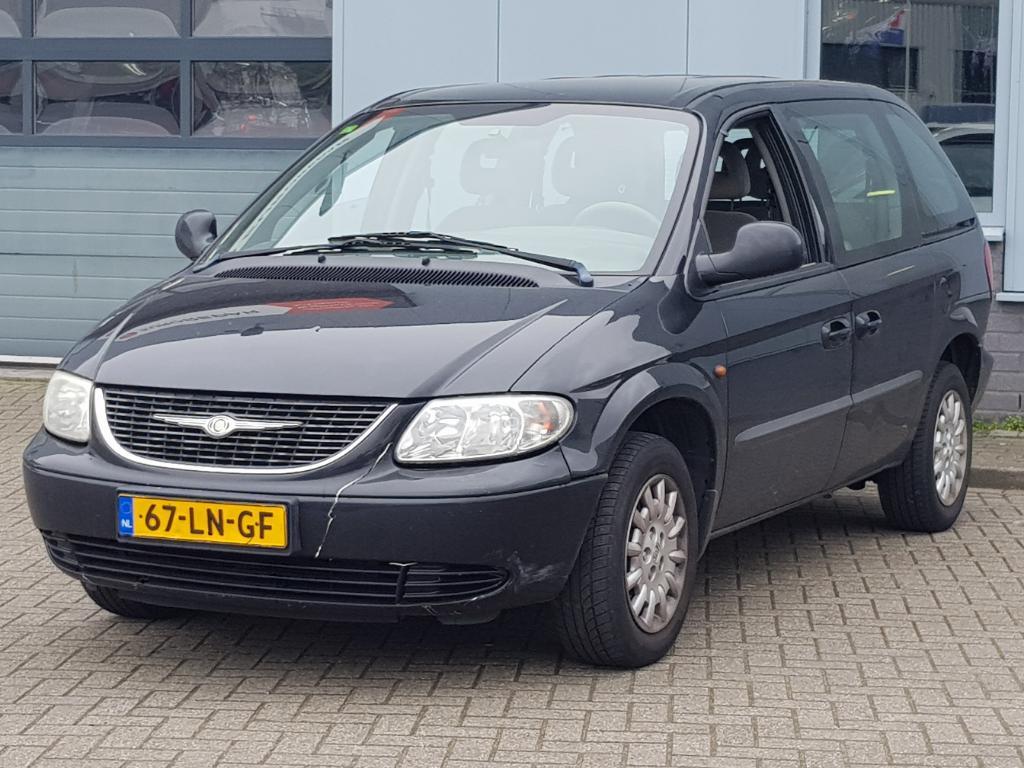 Chrysler GRAND VOYAGER  2.4i SE 7p