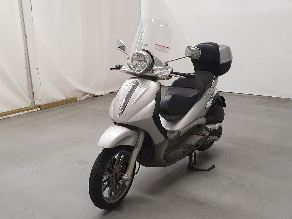 Piaggio Scooter 500 Beverly