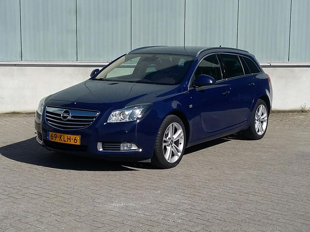 Opel INSIGNIA SPORTS TOURER 2.0 T Cosmo 4x4