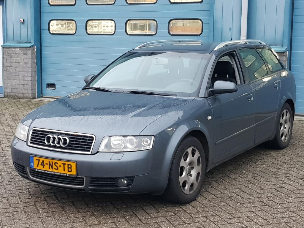 Audi A4 AVANT 2.5 TDI Pro Line