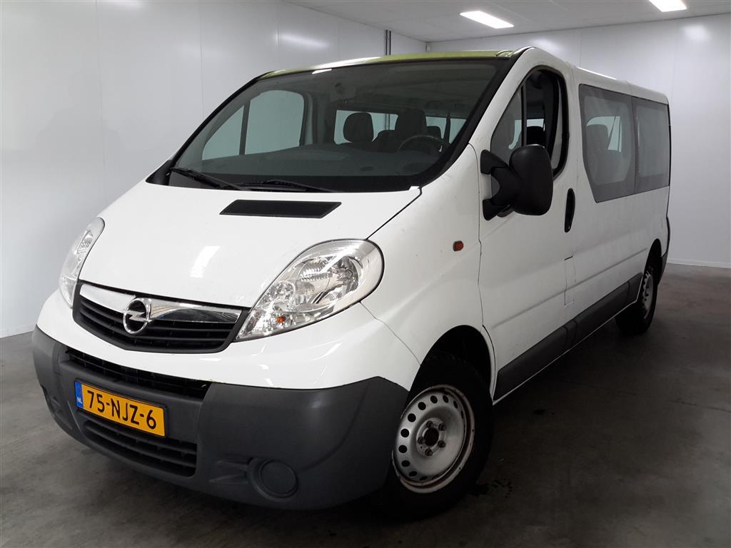 Opel VIVARO COMBI 2.0i L2H1