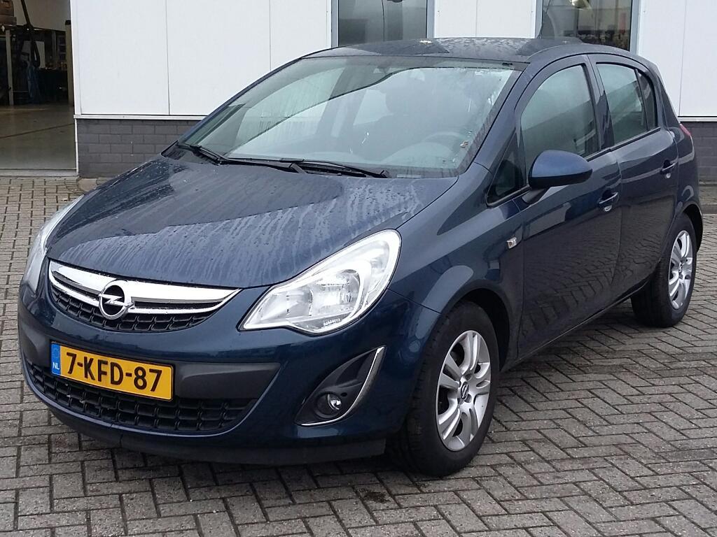 Opel CORSA  1.4-16V Design Ed