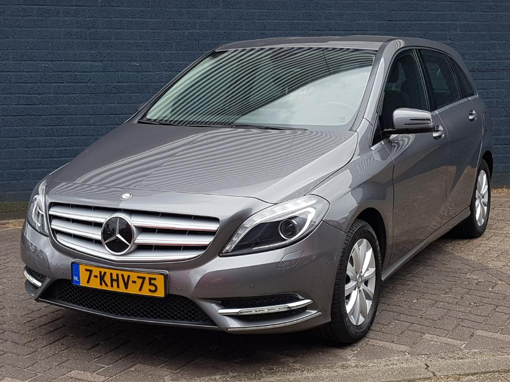 Mercedes-Benz B-KLASSE  180 Ambition