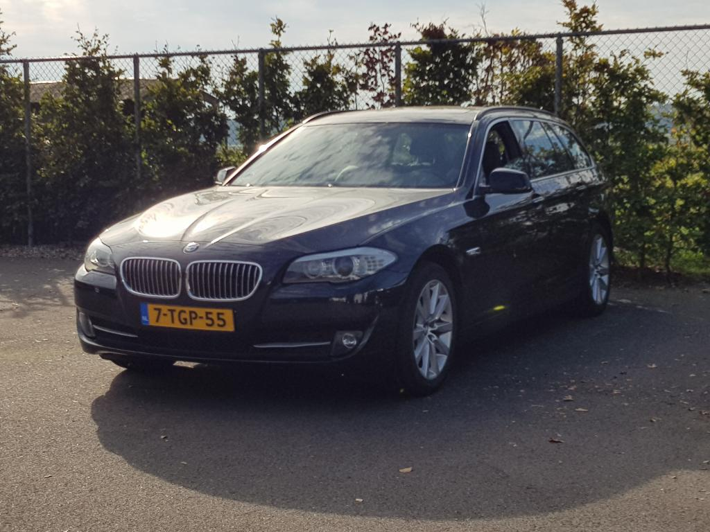 BMW 5-SERIE TOURING 525d Executive