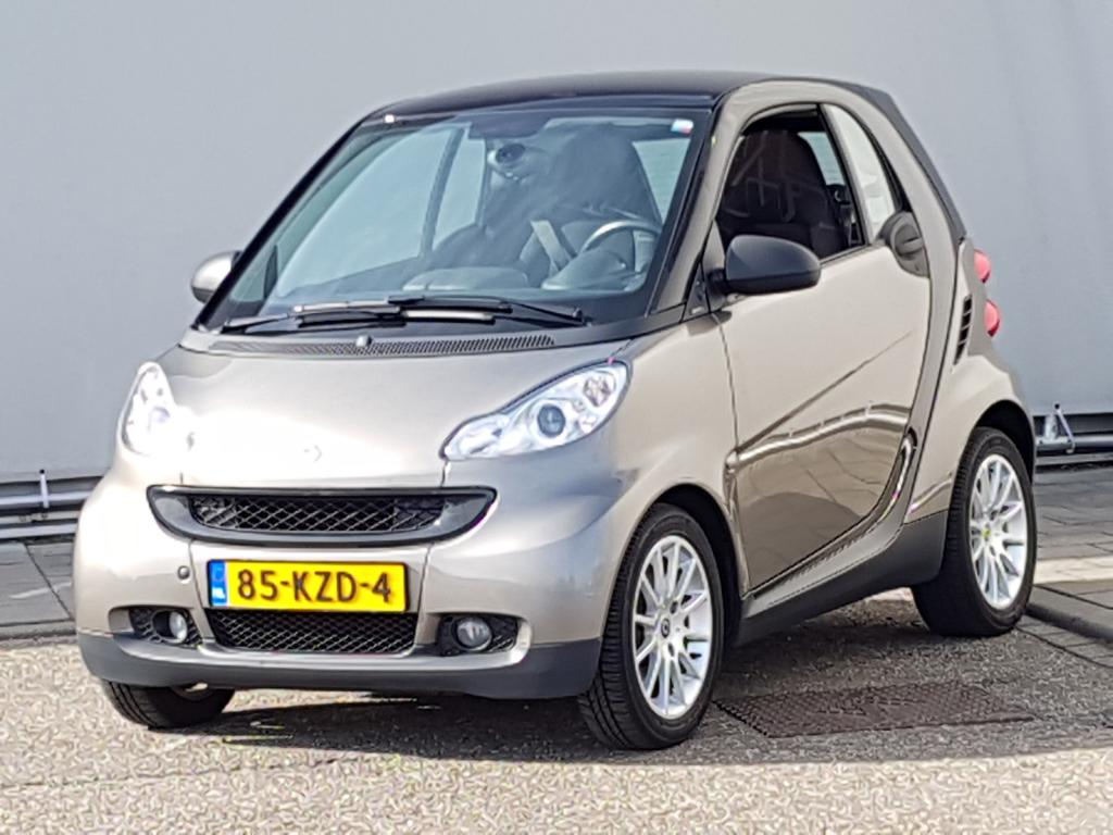 Smart FORTWO COUPE 1.0 mhd ed. lim. 3