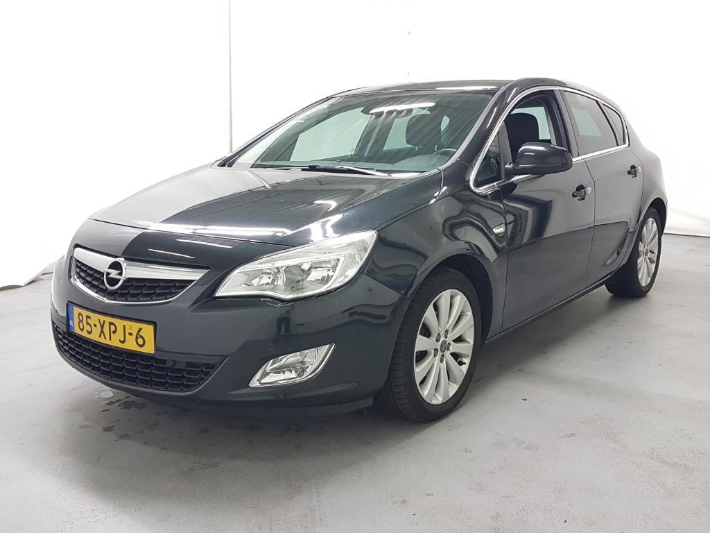 Opel ASTRA  1.3 CDTi S/S Cosmo
