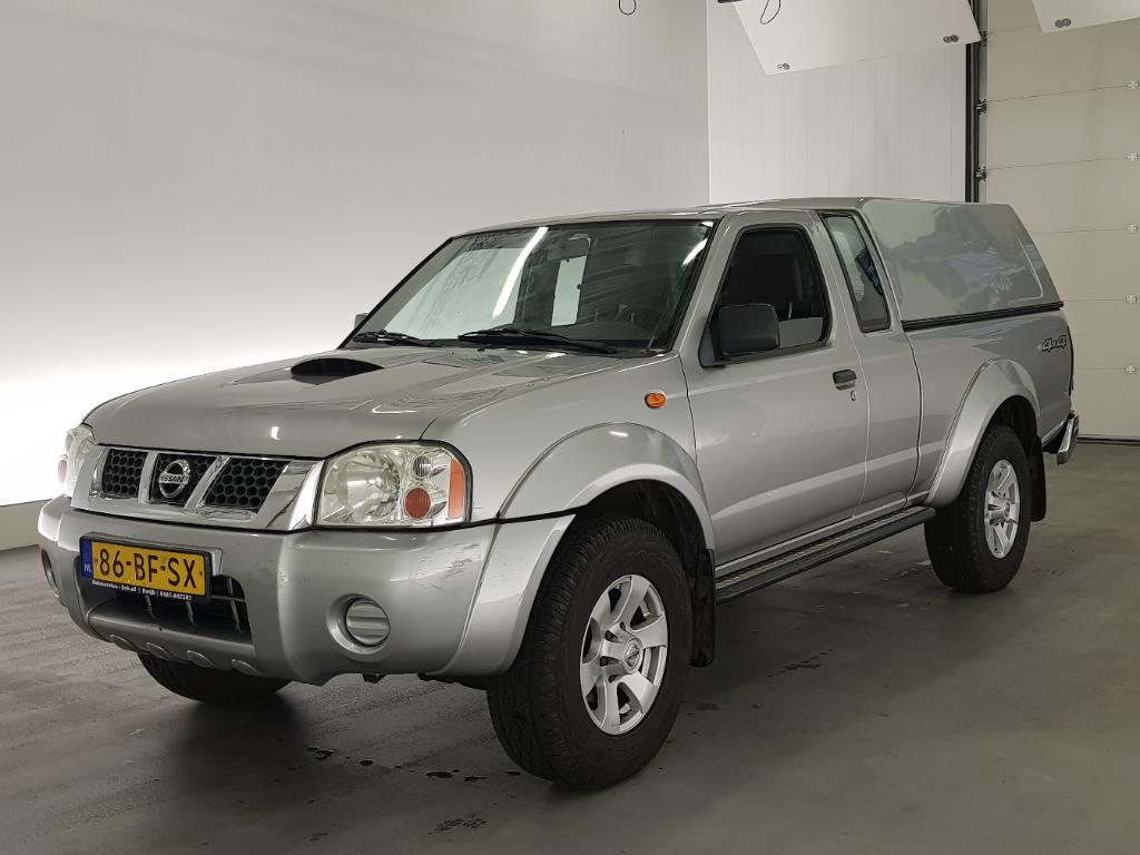 Nissan PICK-UP  2.5 DTi King Cab 4x4
