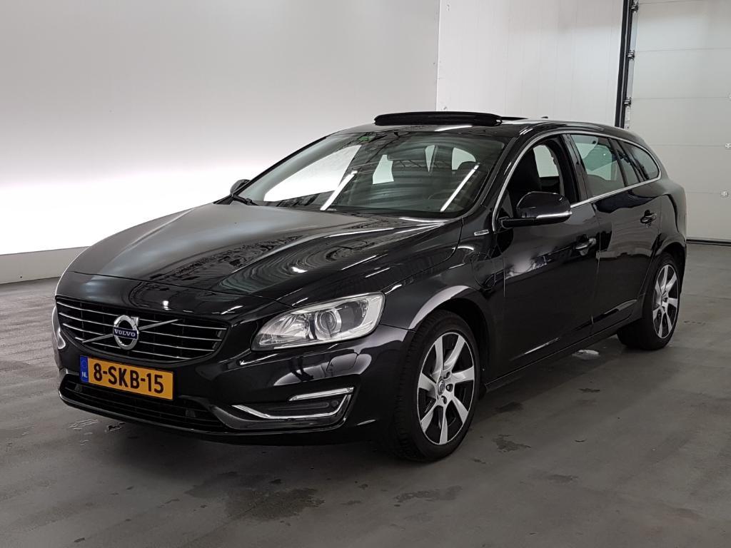 Volvo V60 2.4 D6 AWD Pl.i Sum.