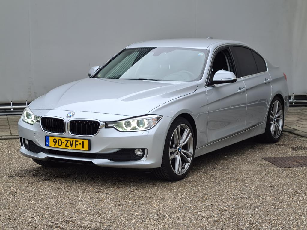 BMW 3-SERIE  320i EDE Upgrade Ed.