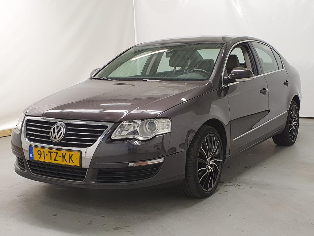 Volkswagen PASSAT  2.0 FSI 4M Highl.Bns