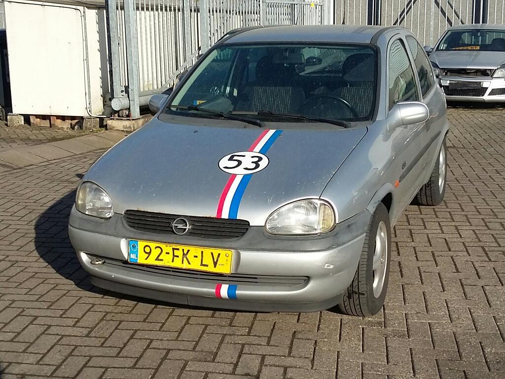 Opel CORSA  1.6i-16V GSi
