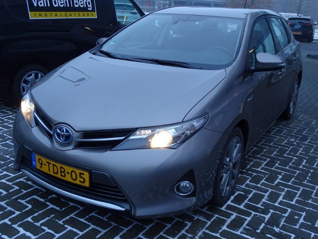 Toyota AURIS 1.8 Hybrid Dynamic