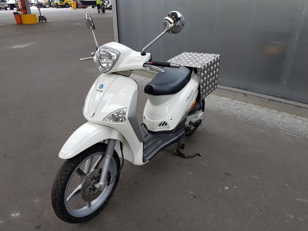 Piaggio Bromscooter Liberty i-get