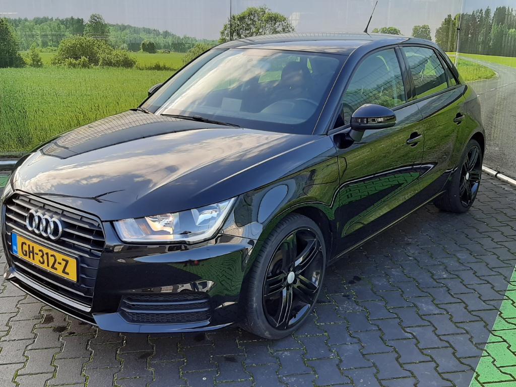 Audi A1 SPORTBACK 1.0 TFSI Pro Line