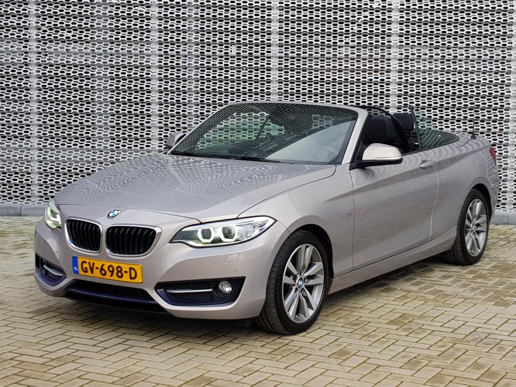 BMW 2-SERIE CABRIO 220i High Executive