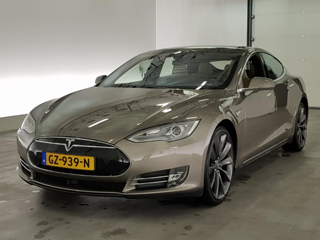 Tesla MODEL S 70D Base