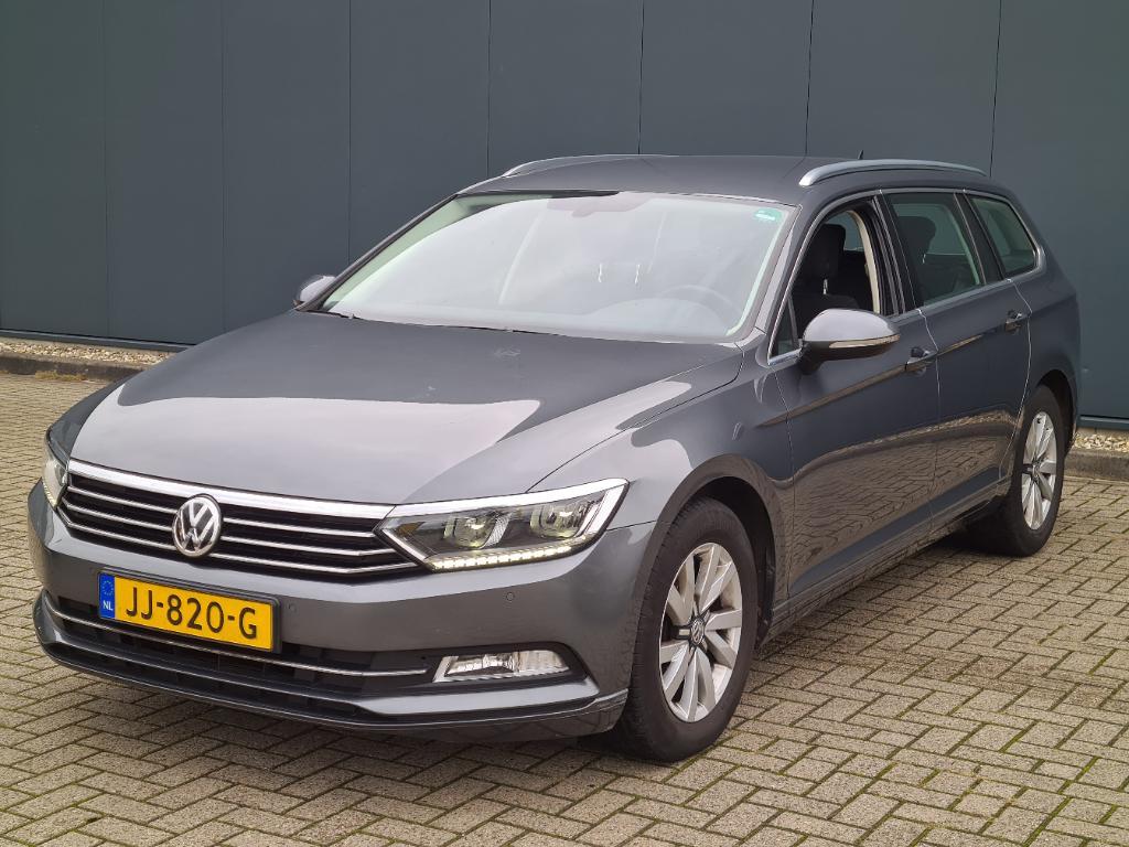 Volkswagen PASSAT VARIANT 1.4 TSI ACT Con. Ser